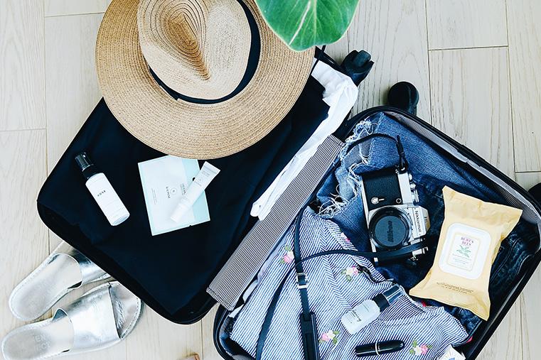 Travel Essentials Packing List for Digital Nomads
