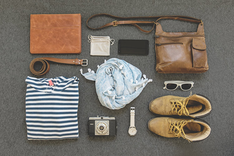digital nomad wardrobe clothes packing list